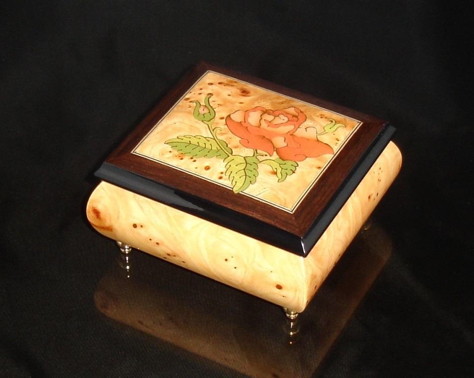 Italian Inlay Ring Box Elm single rose