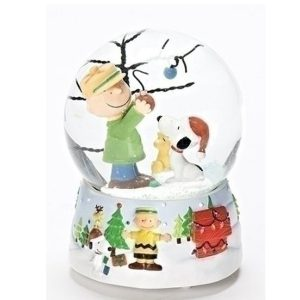 Charlie Brown and Snoopy Christmas Tree Globe