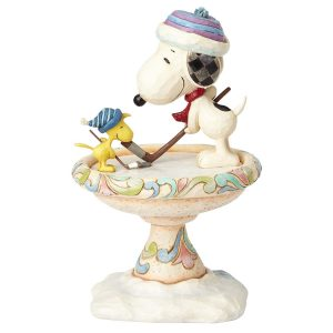 Snoopy Frendly Face-Off Hockey Figurine back side