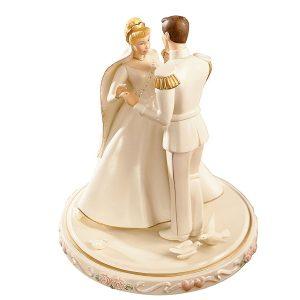 Cinderella-Cake-Top-Gold-Lenox