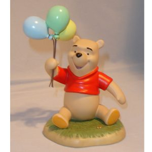 Winnie the Pooh with Balloons
