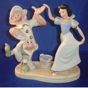 Snow White and Dwarfs Dancing 1
