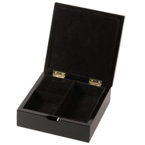 Mom-musical-jewelry-box-opened