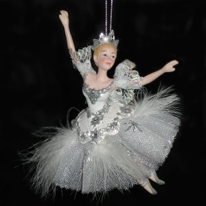 Snow-Queen-Ornament-front