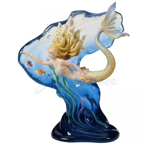 Mermaid-Heart-of-the-Ocean