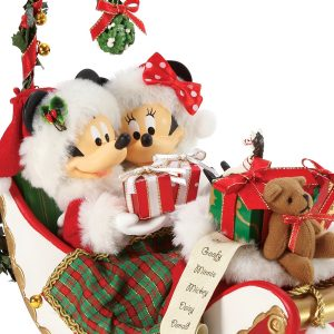 Mickey-Sleigh-Bells-and-Mistletoe-close-up