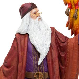 Dumbledore-Fawkes-close-up